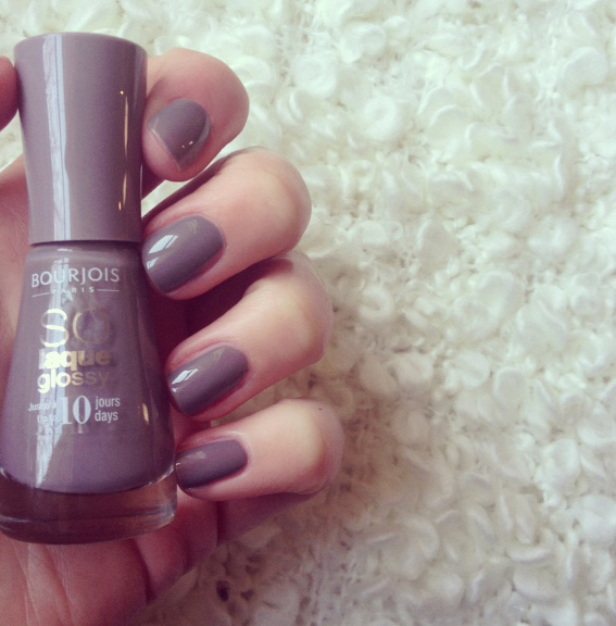 BOURJOIS_05_TAUPE_MODELE_4A