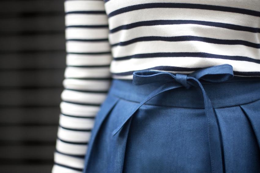 jupe midi bleu matière jean