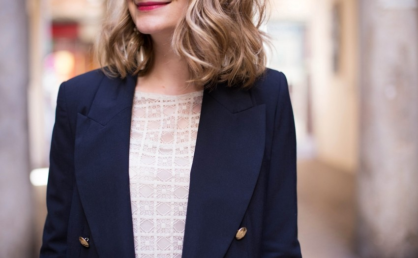 blazer bleu marine jeanne damas la redoute boutons dorés