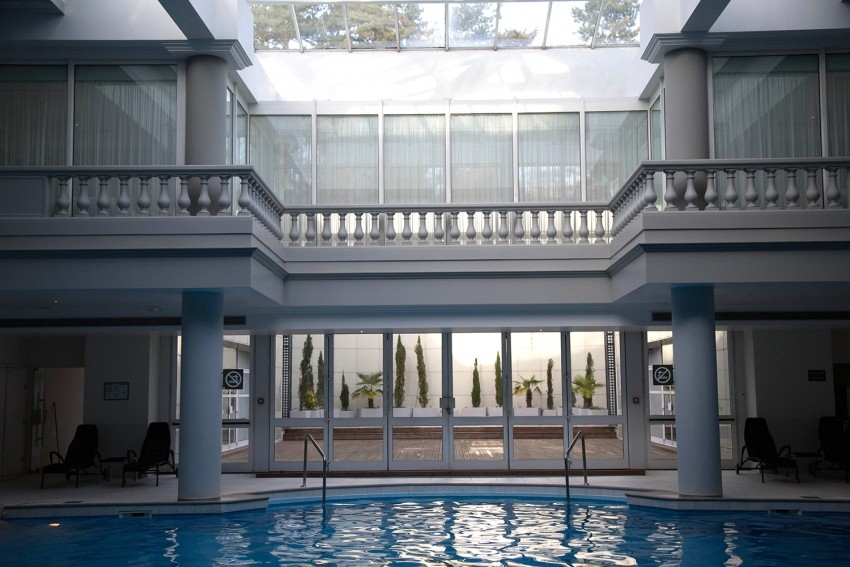 piscine spa guerlain versailles
