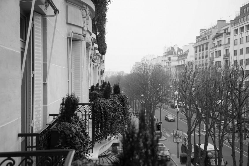 vue plaza athénée paris