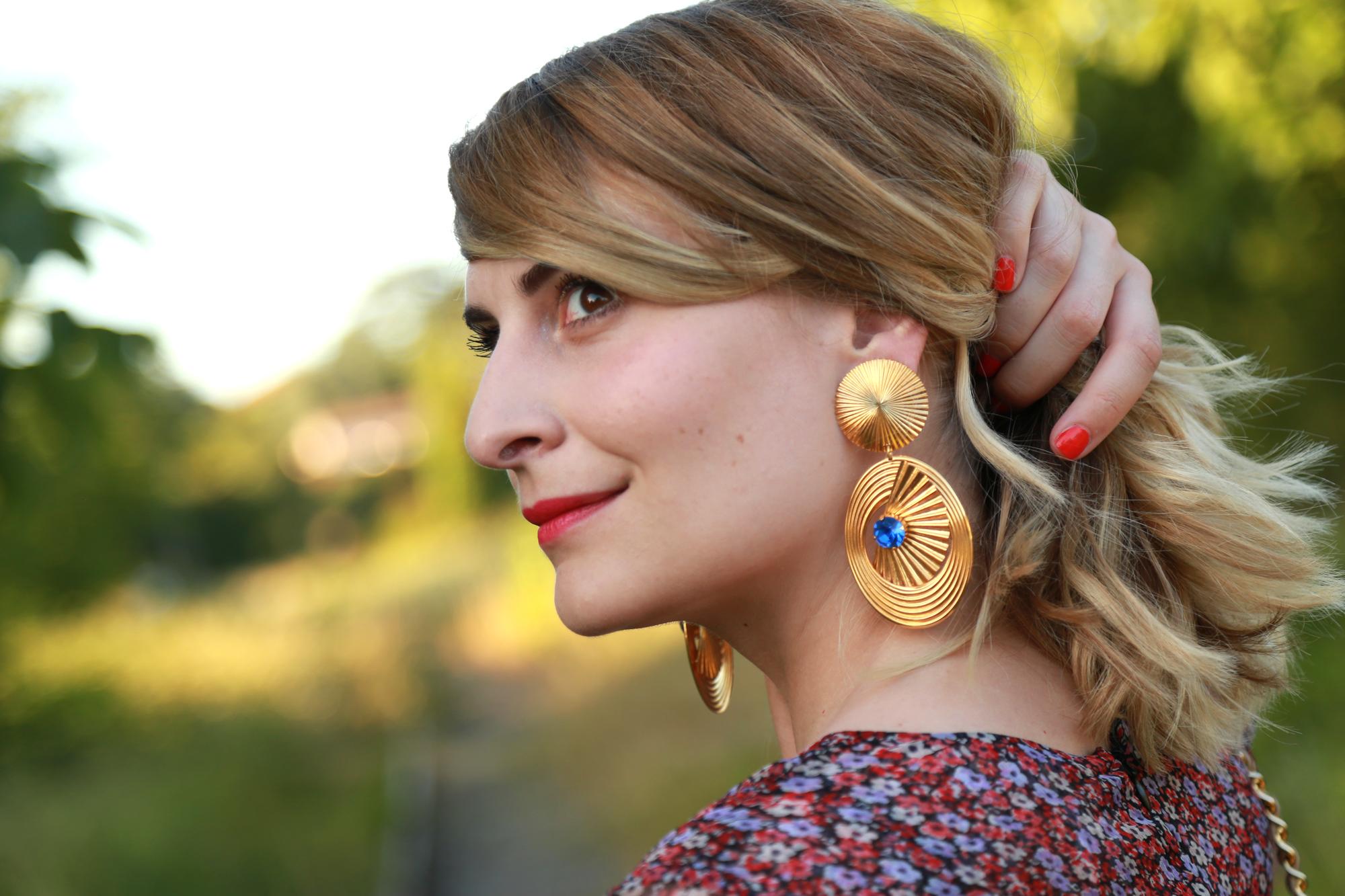 portrait zoé bassetto robe boucles d'oreille occasion