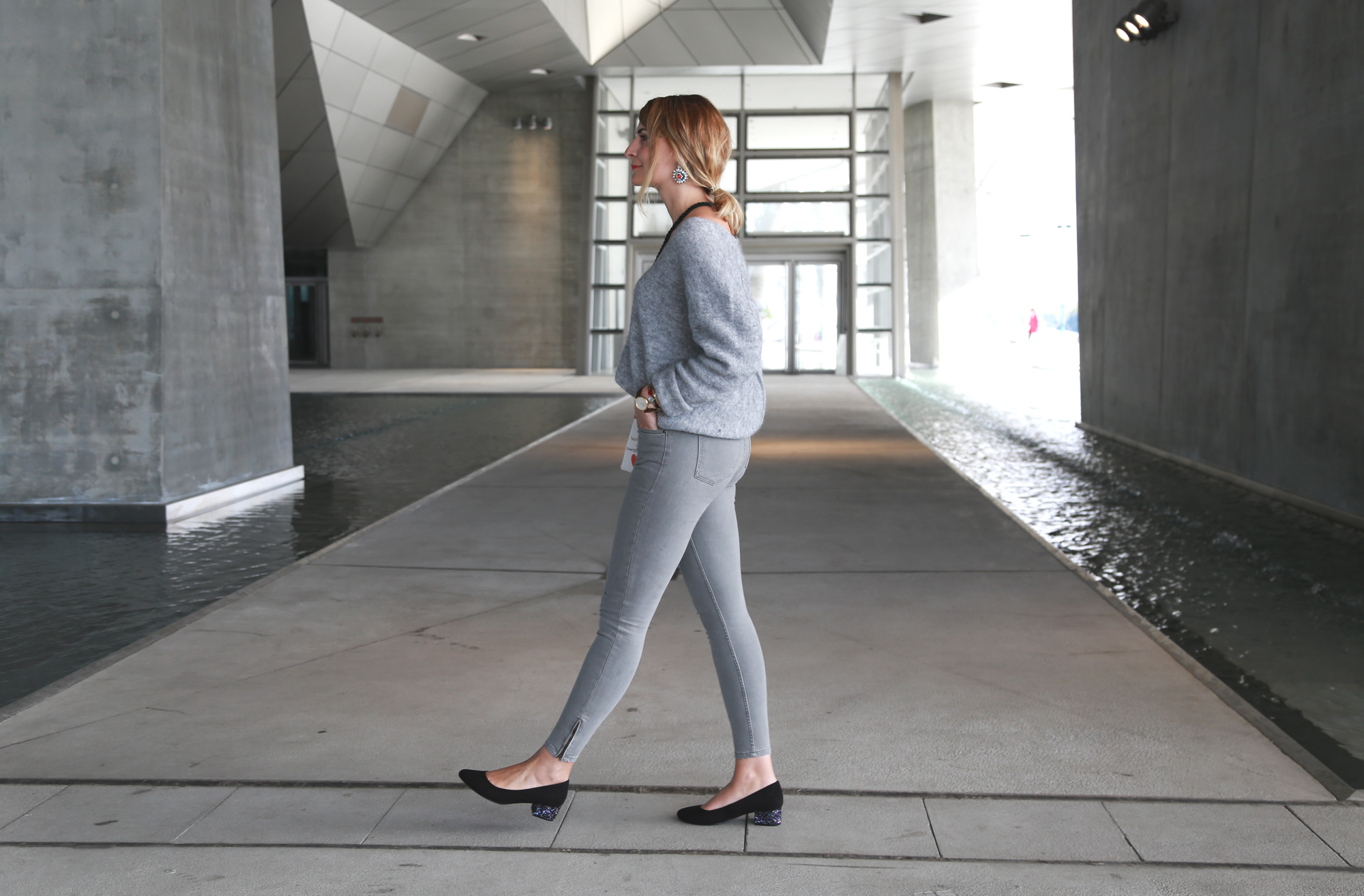 look sézane jean gris musée des confluences architecture